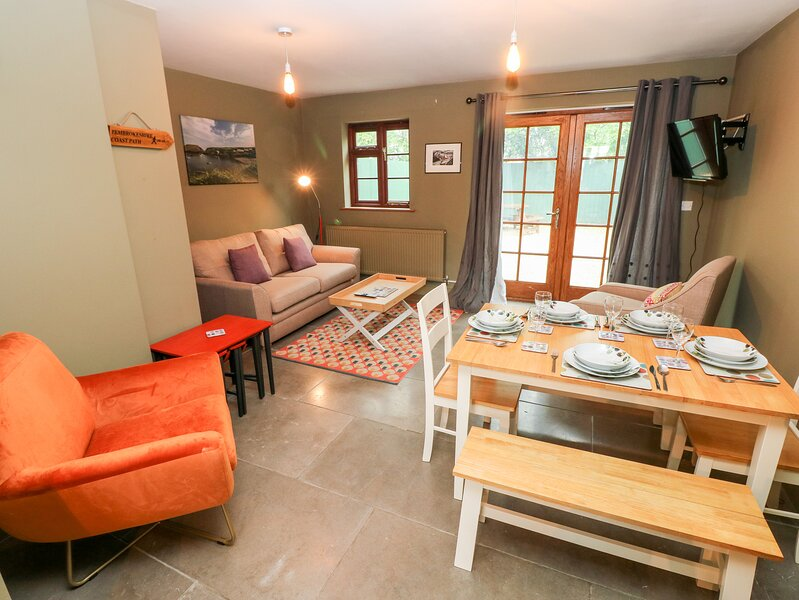 Bwthyn Canol, Haverfordwest, vacation rental in Spittal