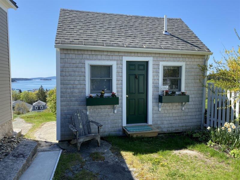 EAST COTTAGE - Stonington, holiday rental in Deer Isle