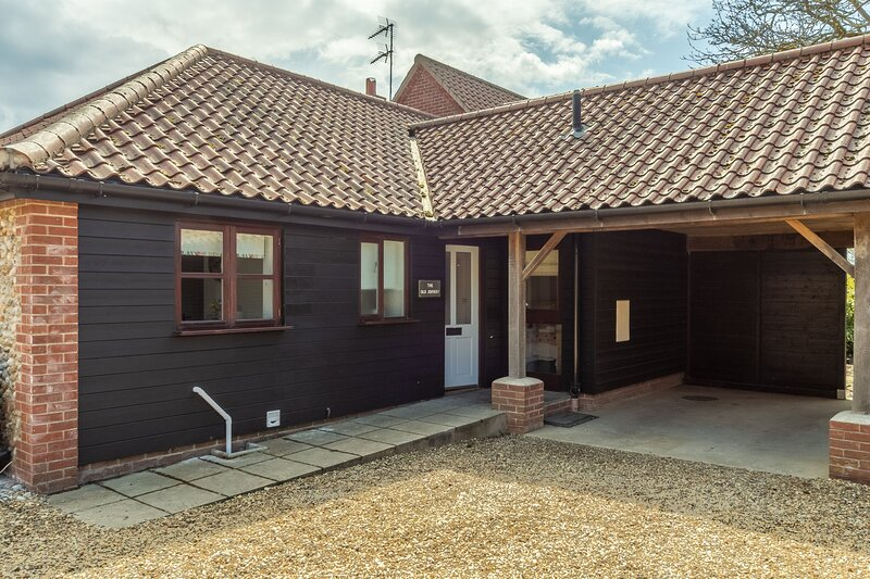 The Old Joinery, vacation rental in Salthouse