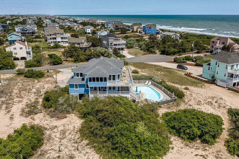 Corolla Horizon | 289 ft from the beach | Private Pool, Hot Tub | Corolla, holiday rental in Grandy
