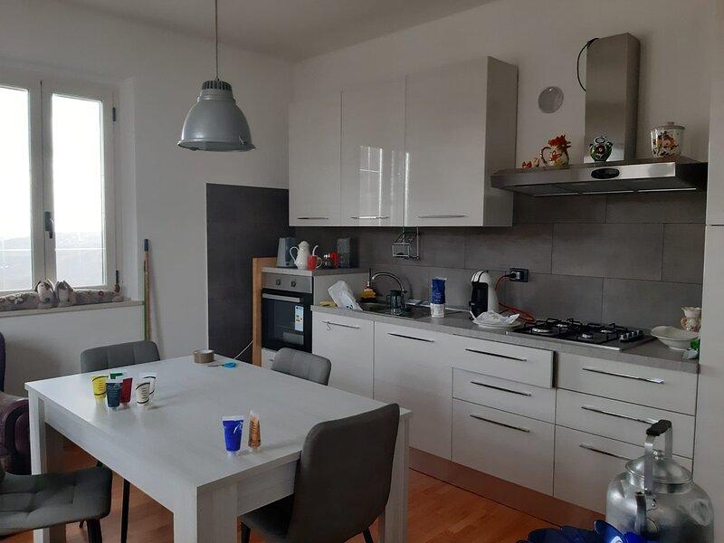 casa, holiday rental in Castiglione Messer Raimondo