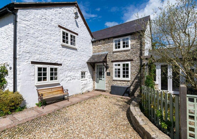 Olive Tree Cottage, location de vacances à Winterbourne Abbas