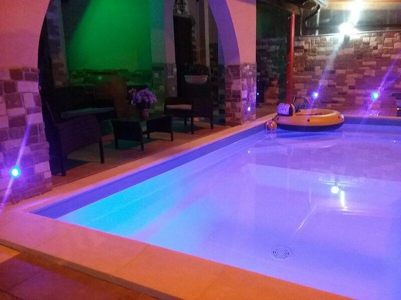 Crasta's House, holiday rental in Lago Patria