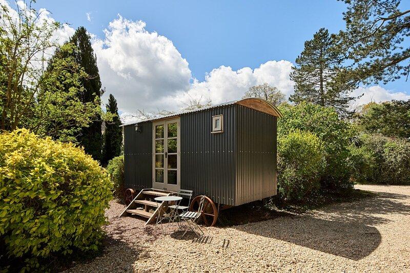 Shepherd's Nook, holiday rental in Tewkesbury