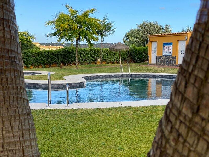 Playa & golf en el Algarve español. Playas de ensueño en un apartamento de lujo, vacation rental in Ayamonte