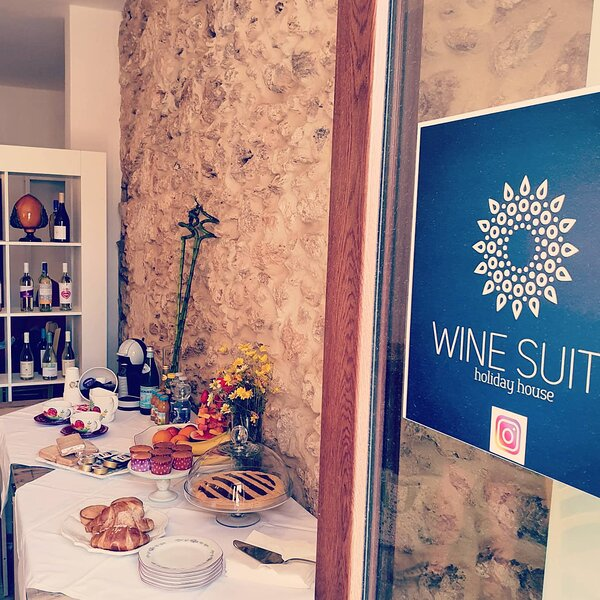 Wine suite, vacation rental in Lizzano