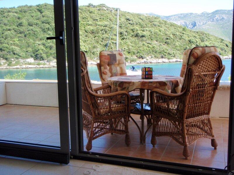 Apartment 3799-1 for 5 Pers. in Korcula, vacation rental in Zrnovska Banja