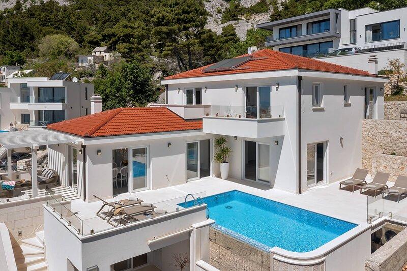 Villa Precious – Beautiful villa with pool and sea view, Makarska, holiday rental in Bast