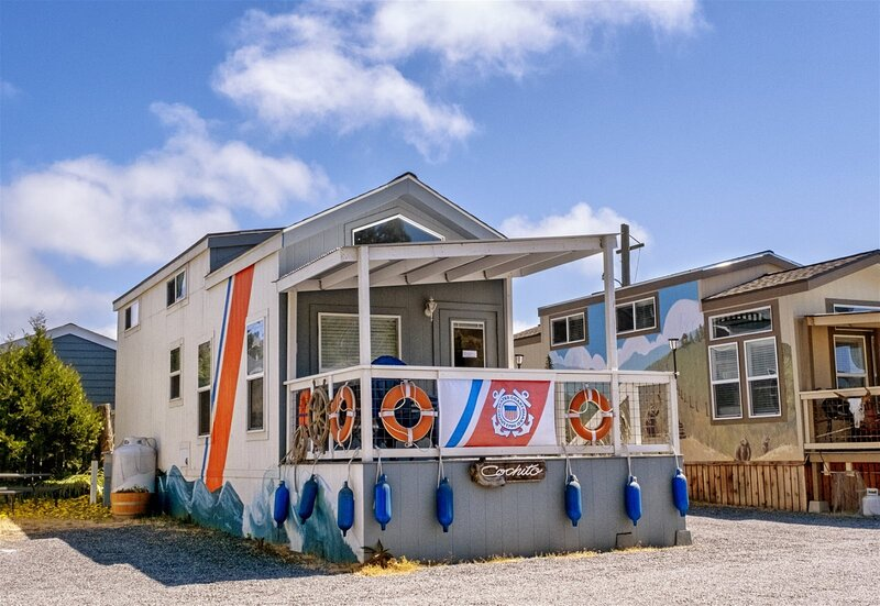 Cochito - a US Coast Guard themed tiny home in the heart of the historic Noyo ha, vacation rental in Fort Bragg