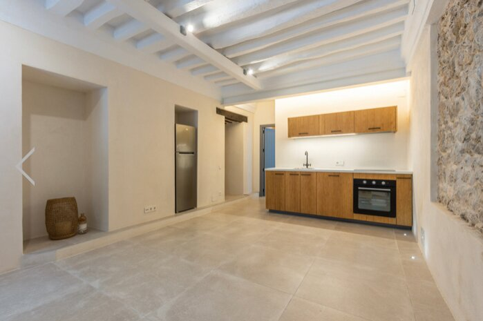 Charming and Fully Refurbished Apartment in the Heart of Dalt Vila ibiza, aluguéis de temporada em Es Canar