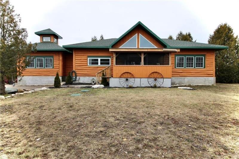 Tobermory Bruce Peninsula House, location de vacances à Bruce County