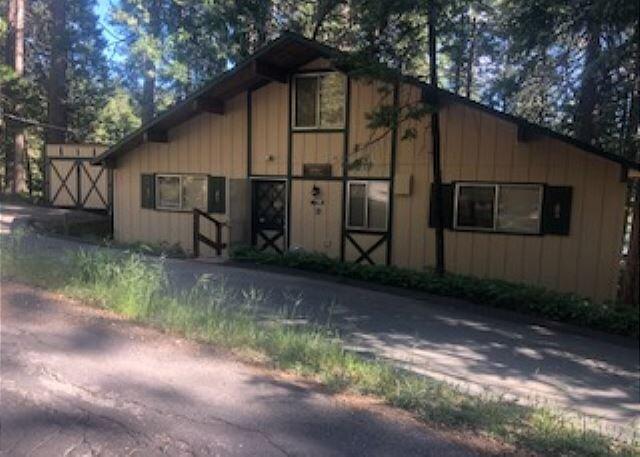 Fabulous lakeview home- internet, deck, BBQ, handicapped accessible, location de vacances à Sonora