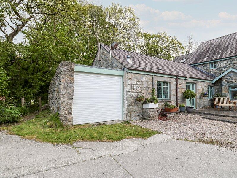 Riverside Cottage, Trefor, vacation rental in Llanaelhaearn