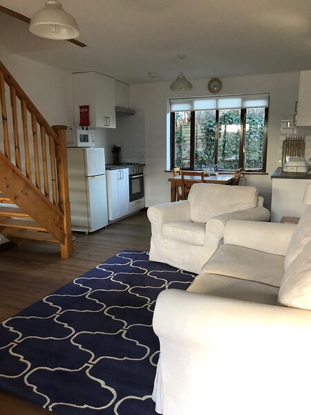 Millbrook House Apartments No 3, vacation rental in Milton