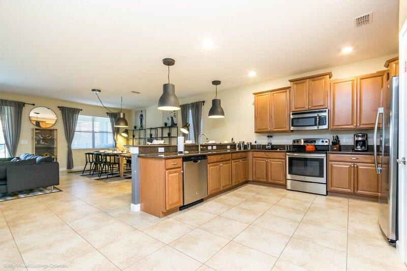 Flooring,Indoors,Room,Floor,Refrigerator