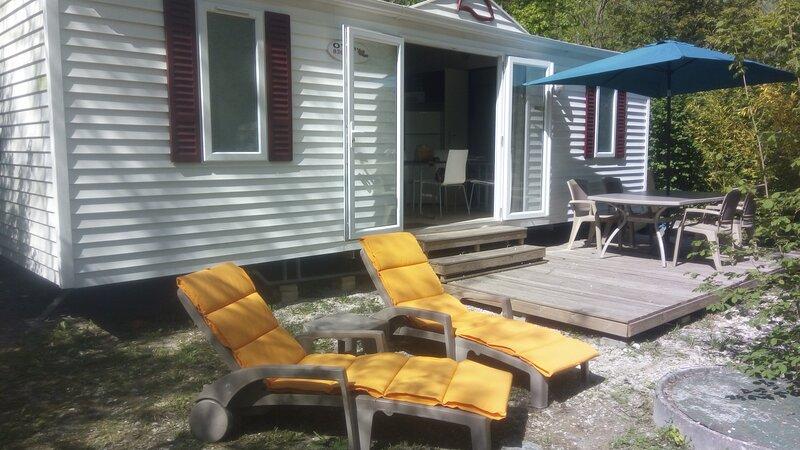 Mobil-home Nature Drôme / Vercors jusqu'à 6 personnes, holiday rental in Saint-Marcellin