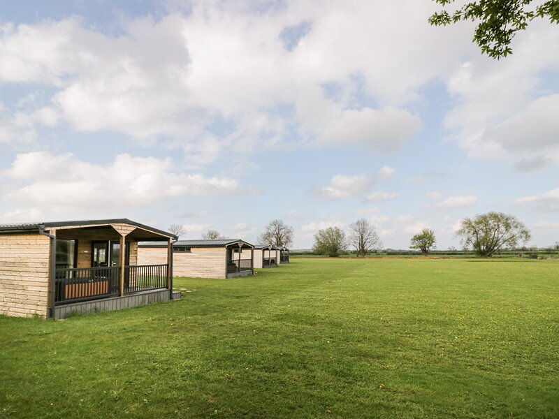 Cotswold Lodge, Honeybourne, holiday rental in Wickhamford
