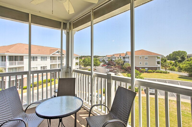 NEW! North Myrtle Beach Condo w/ Private Balcony!, holiday rental in Arcadian Shores