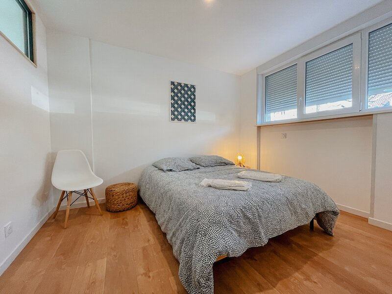 Loft apaisant dans quartier calme, holiday rental in Legelshurst