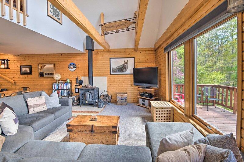 Intervale Mtn Home w/Sauna - 5 Mi to North Conway!, location de vacances à Glen