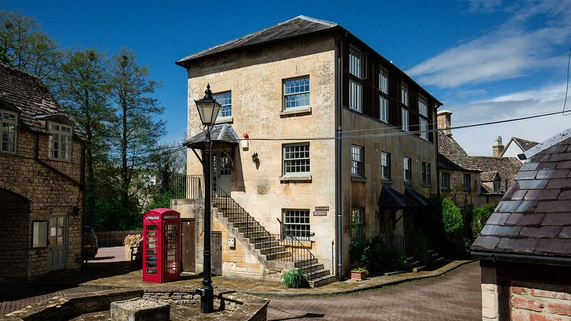 Oliver Cromwell at Sudeley Castle - An old paper mill that has been restored int, vacation rental in Winchcombe