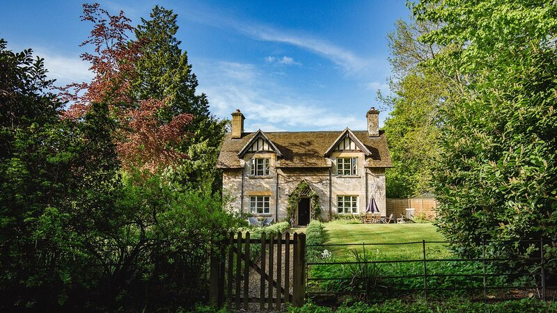 Sudeley Guest Cottage - Delightful country cottage, with a large garden and fabu, vacation rental in Winchcombe