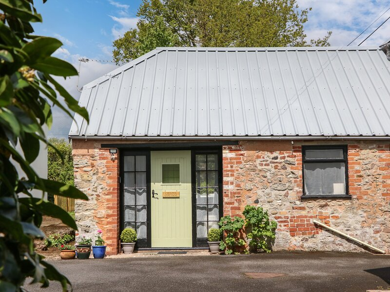 Crispin Cottage, Whimple, holiday rental in Farringdon