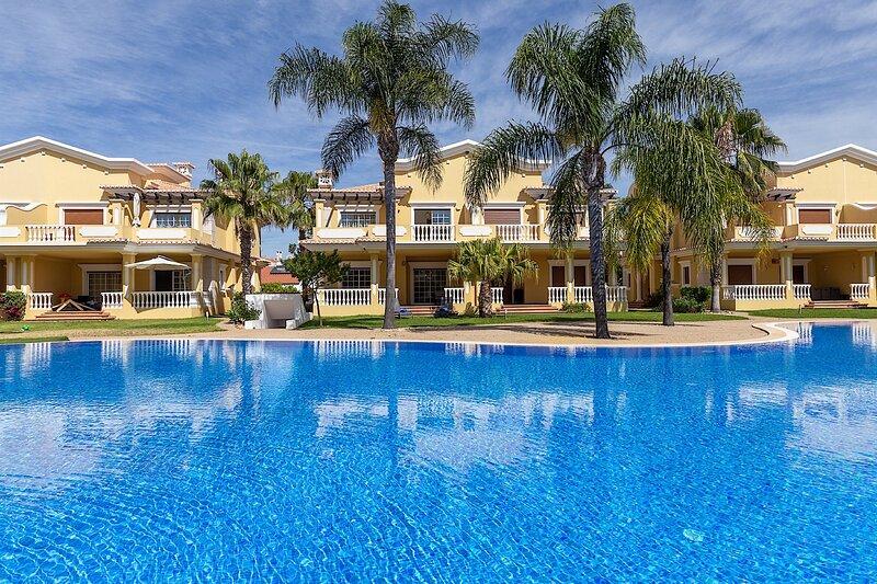 Lazuli Blue Villa, Conceição de Tavira, Algarve !New!, holiday rental in Conceicao