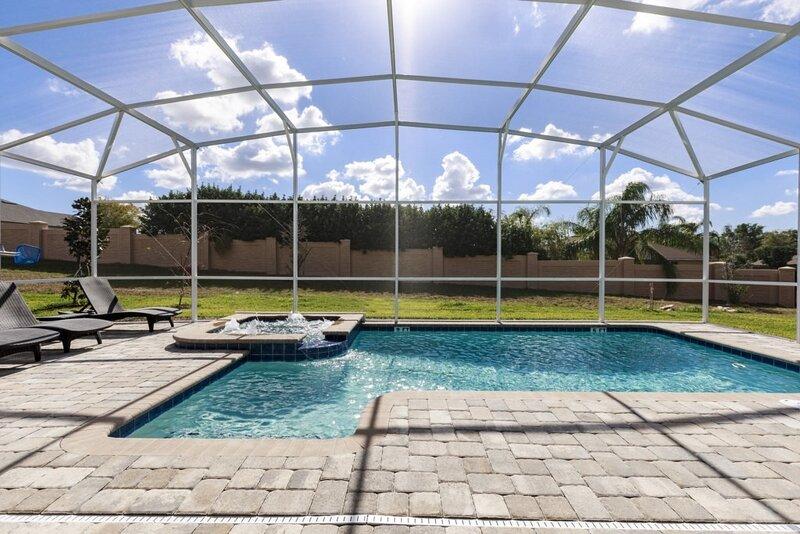 Water,Pool,Swimming Pool,Building,Furniture