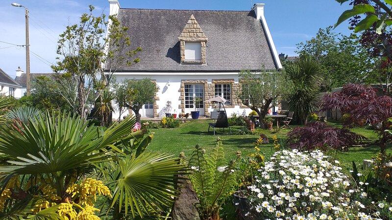 Gite Meublé de Tourisme 3 étoiles 3 CH Centre de Clohars Carnoêt, holiday rental in Quimperle