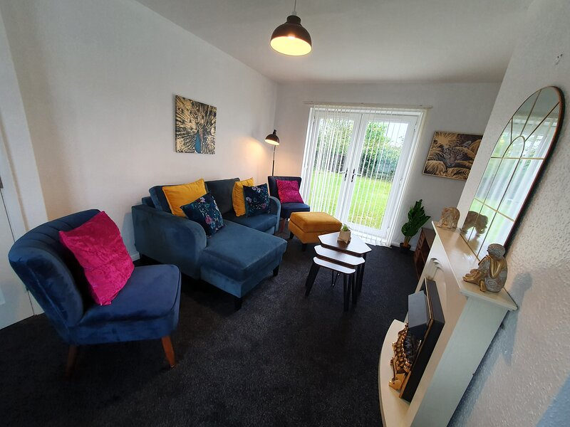Amazing 3 bedroom House with garden at Blyth, holiday rental in Bedlington
