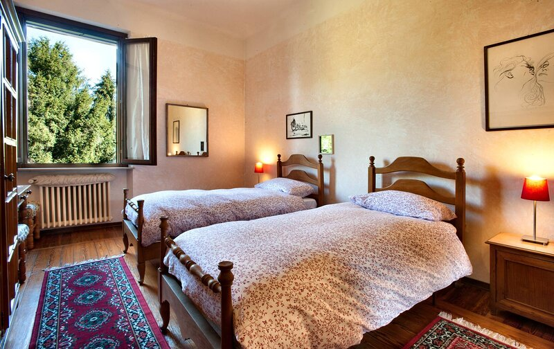 Antica Corte Milanese Flats, holiday rental in Limbiate
