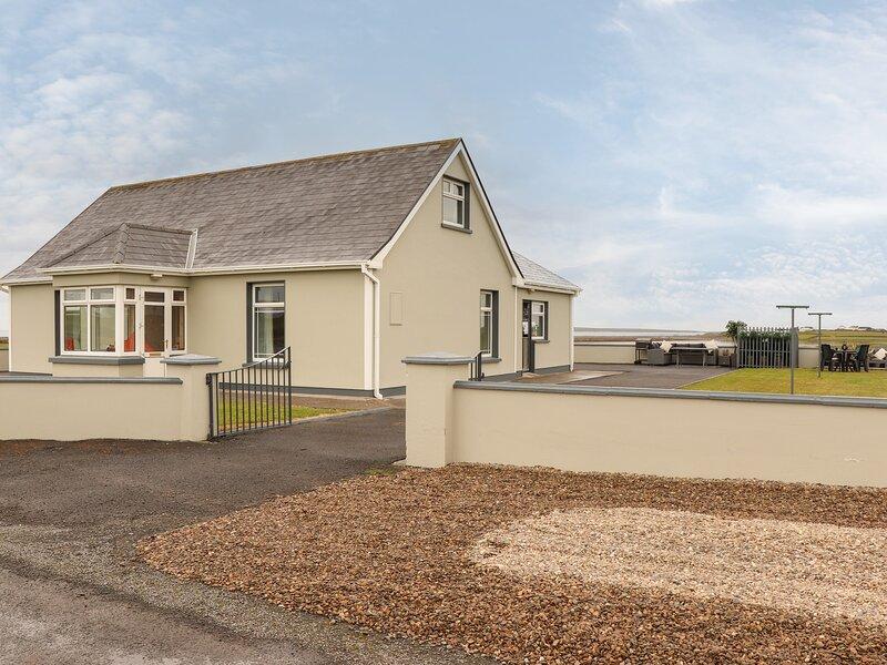 Sea View Lodge, Doonbeg, County Clare, holiday rental in Kilrush