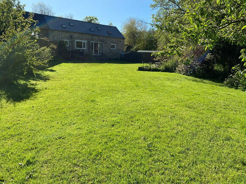 Converted Barn, vacation rental in Clydey