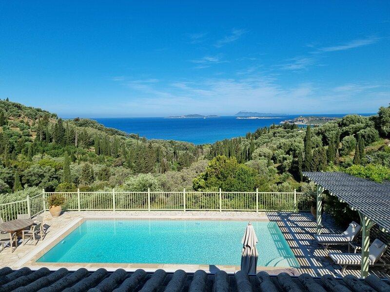Villa Theia. Holiday Villa in Arillas. Corfu, alquiler de vacaciones en Corfú
