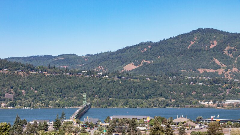 Eagle View One *30 Day Minimum, vacation rental in The Dalles