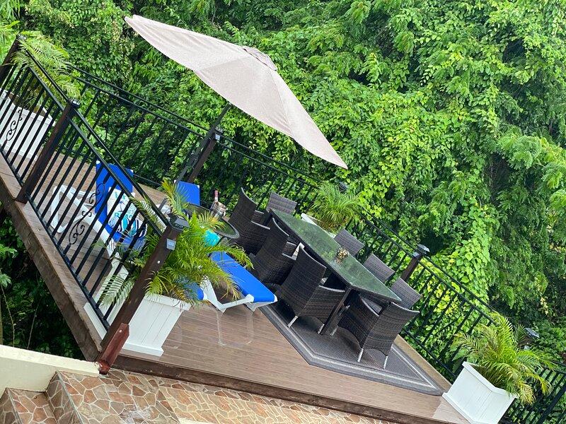 Marvettes Hideaway Sea View Villa, casa vacanza a Westmoreland Parish