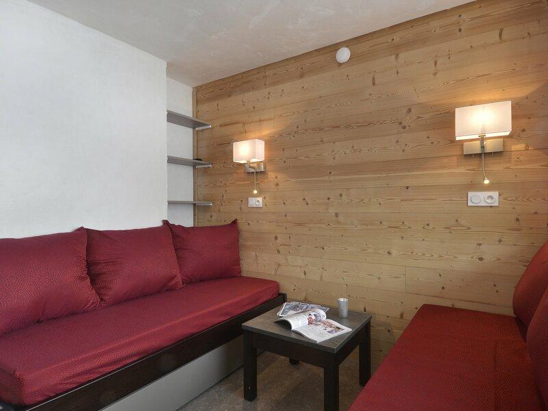Appartement rénové 2 pièces pour 4 personnes au centre station, holiday rental in Plagne Bellecote
