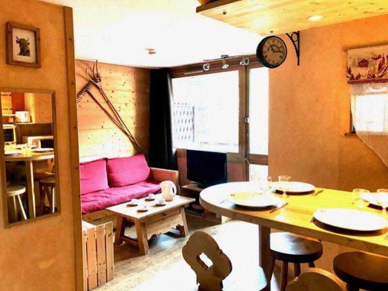 Appartement au cœur de la station composé de 2 pièces pour 4 personnes, holiday rental in Plagne Bellecote