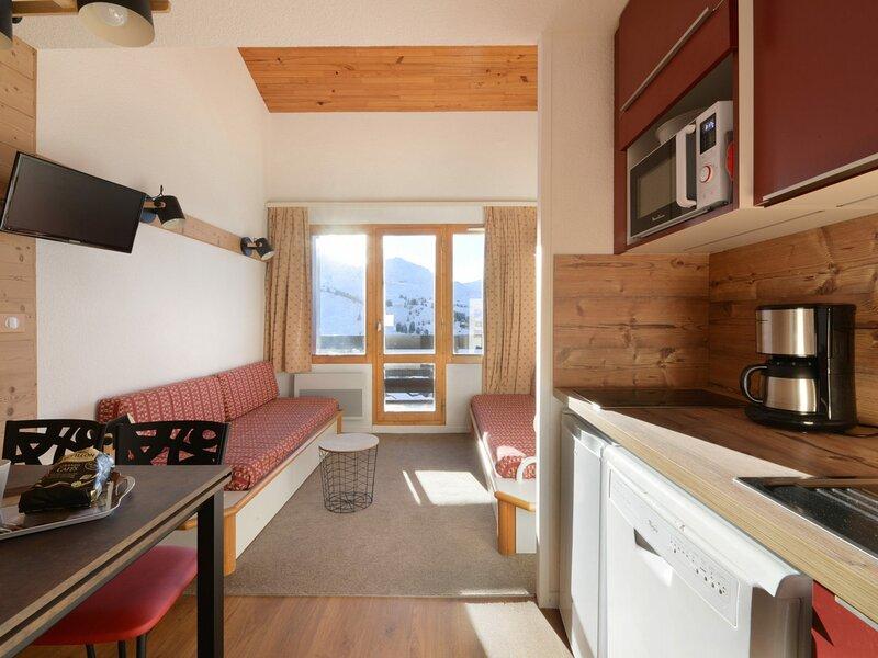 Appartement composé de  2 pièces pour 5 personnes de 30m2, holiday rental in Belle Plagne