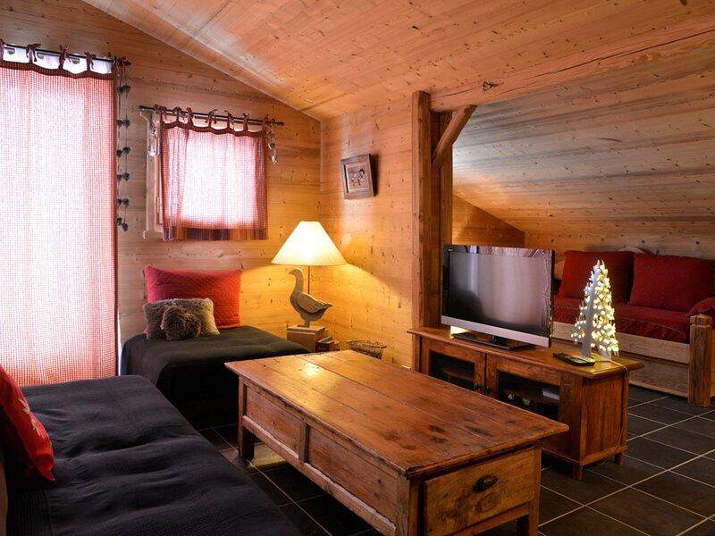 Très bel appartement  rénové composé de 4 pièces pour 8 personnes de 55 m, holiday rental in Belle Plagne