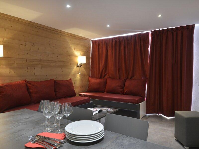 3 pièces + cabine rénové pour 8 personnes et au cœur de la station, holiday rental in Plagne Bellecote
