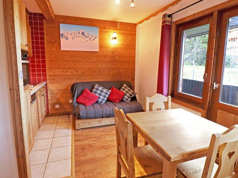 JOLI STUDIO CABINE DANS LE CENTRE - SKIS AUX PIEDS, holiday rental in Meribel Mottaret