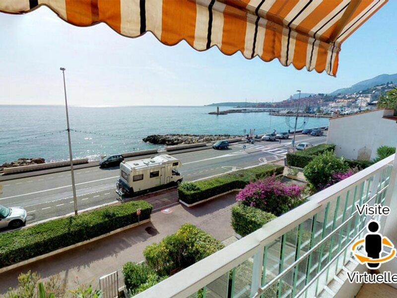 3Pface mer avec terrasse piscine garage, holiday rental in Grimaldi