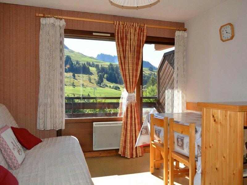 Studio cabine 4 couchages Chinaillon, location de vacances à Brizon