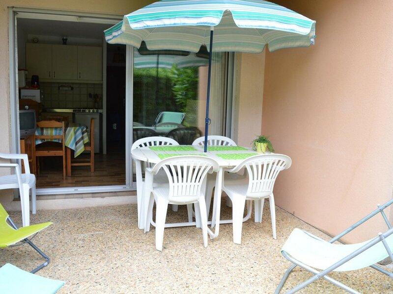 Appartement Studio coin nuit 4 couchages BORMES LES MIMOSAS, location de vacances à Cap Benat