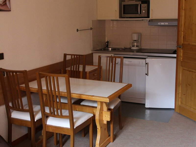 Studio + cabine 4/5 personnes 24m², holiday rental in Valfrejus
