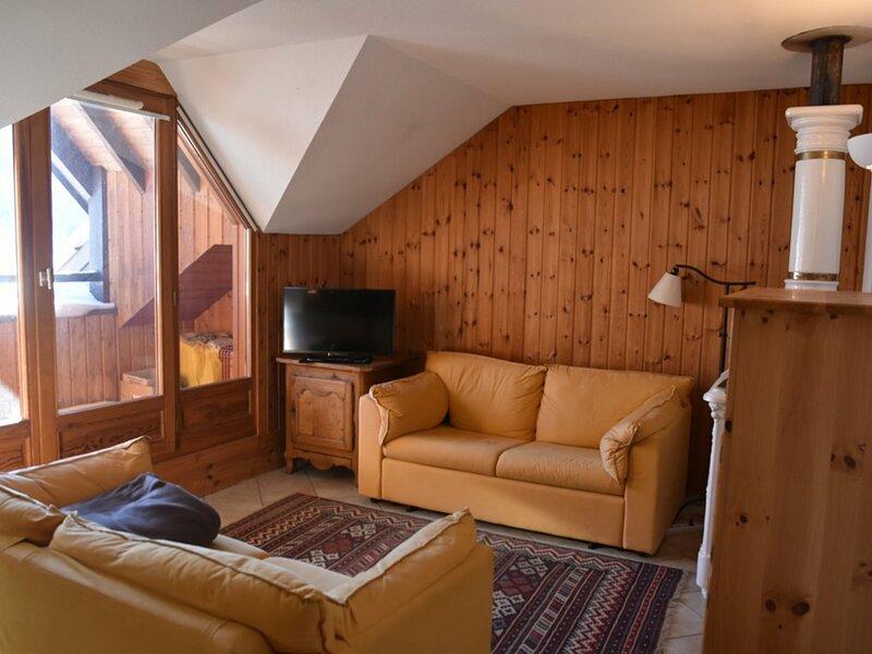 Le palatium, holiday rental in Val-des-Pres