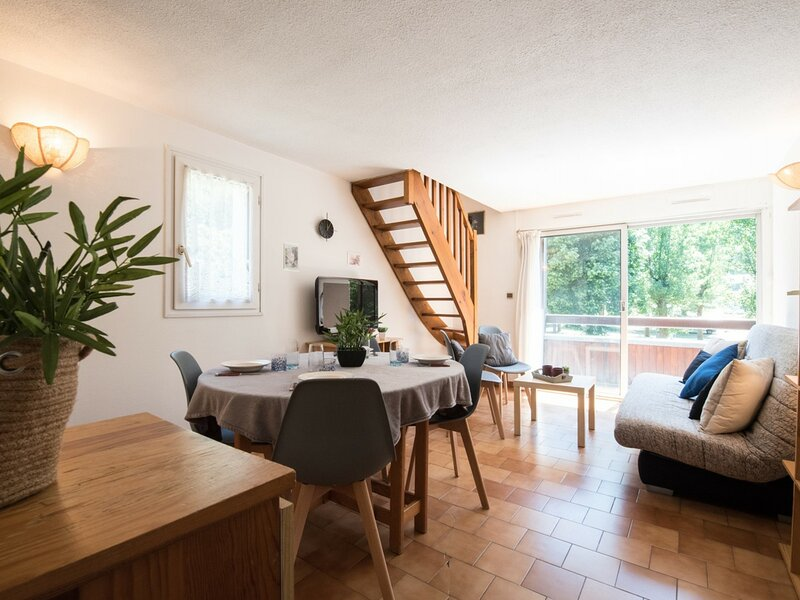 LE LUSTOU B, holiday rental in Azet