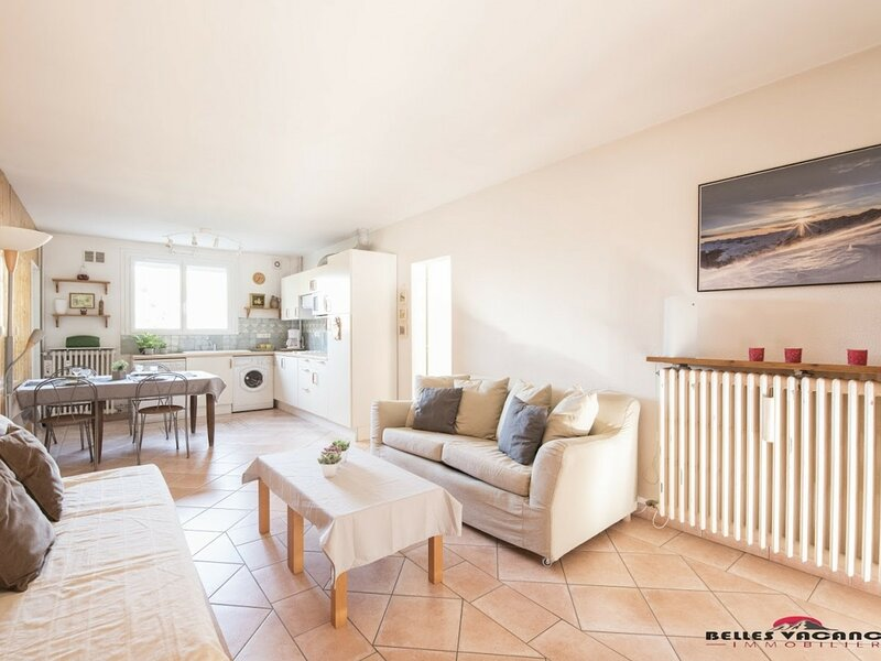 LES CHAMOIS, holiday rental in Azet